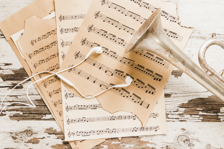 earphones-trumpet-sheet-music